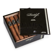 Load image into Gallery viewer, Davidoff Nicaragua Robusto Box Press Open Box