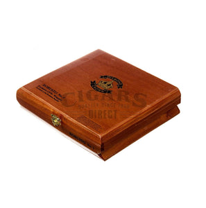 Diamond Crown Original Robusto No.3 Box Closed