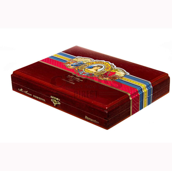 Load image into Gallery viewer, La Aroma De Cuba Mi Amor Reserva Romantico Churchill Box Closed