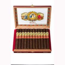 Load image into Gallery viewer, La Aroma De Cuba Mi Amor Reserva Romantico Churchill Box Open