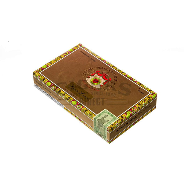 Load image into Gallery viewer, Macanudo Gold Label Tudor Box Closed