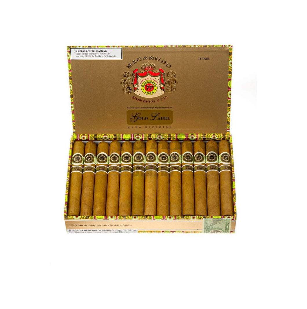 Macanudo Gold Label Tudor Box Open