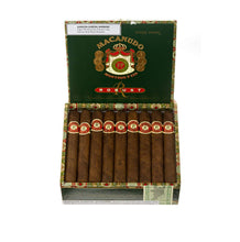 Load image into Gallery viewer, Macanudo Robust Hyde Park Box Open