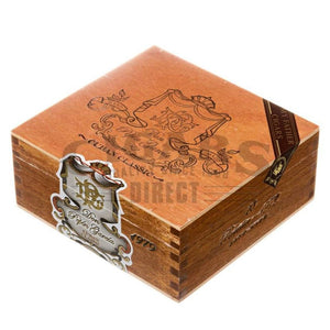 My Father Cigars Don Pepin Garcia Cuban Classic 1979 Robusto Box Closed
