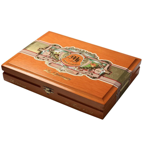 Load image into Gallery viewer, My Father Cigars La Opulencia Box Press Toro Closed Box