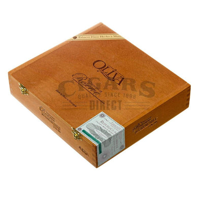 Oliva Connecticut Reserve Churchill Box Closed