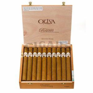 Oliva Connecticut Reserve Churchill Box Open