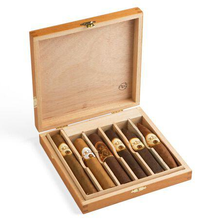Load image into Gallery viewer, Oliva Rated Variety 6 Cigar Sampler Open