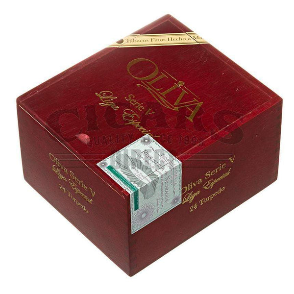 Load image into Gallery viewer, Oliva Serie V Torpedo Box Closed