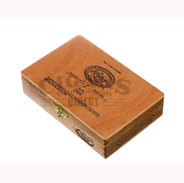 Load image into Gallery viewer, Padron 1926 Anniversary No 1 Natural 10 count Box Closed