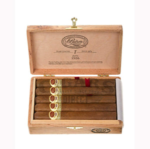 Padron 1926 Anniversary No 1 Natural 10 count Box Open