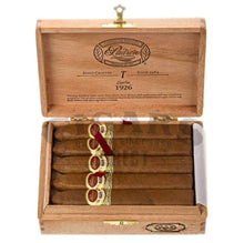 Load image into Gallery viewer, Padron 1926 Anniversary No 2 Natural 10 count Box Open