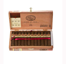 Load image into Gallery viewer, Padron 1926 Anniversary No.35 Maduro Box Open