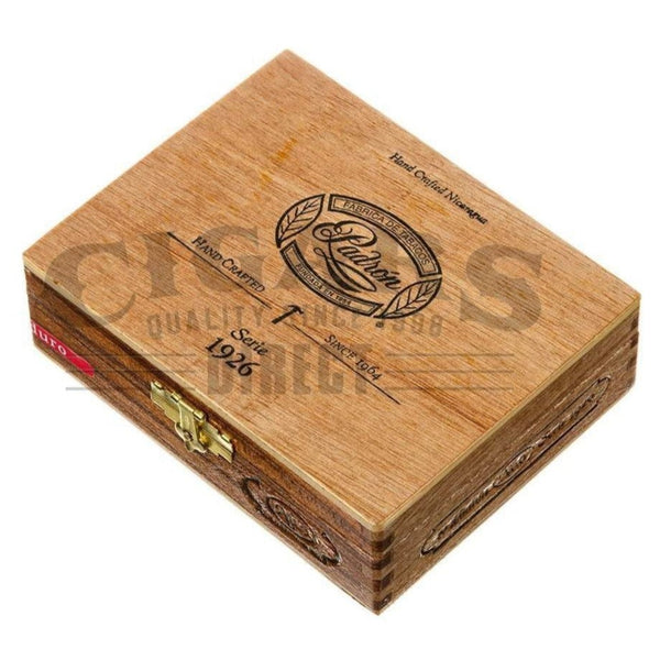 Load image into Gallery viewer, Padron 1926 Anniversary No.6 Maduro 10 count Box Closed