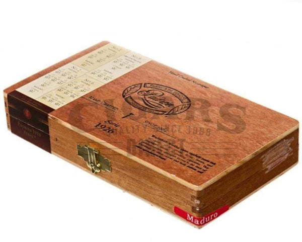 Load image into Gallery viewer, Padron Samplers 1926 Anniversary Maduro Sampler Box Closed