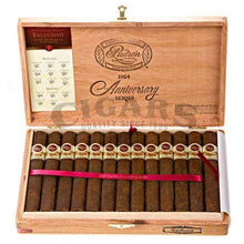 Load image into Gallery viewer, Padron 1964 Anniversary Exclusivo Maduro Box Open