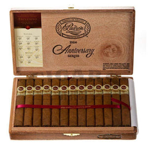 Padron 1964 Anniversary Exclusivo Natural Box Open
