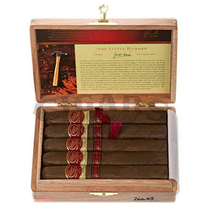 Padron Family Reserve No.45 Maduro Box Open