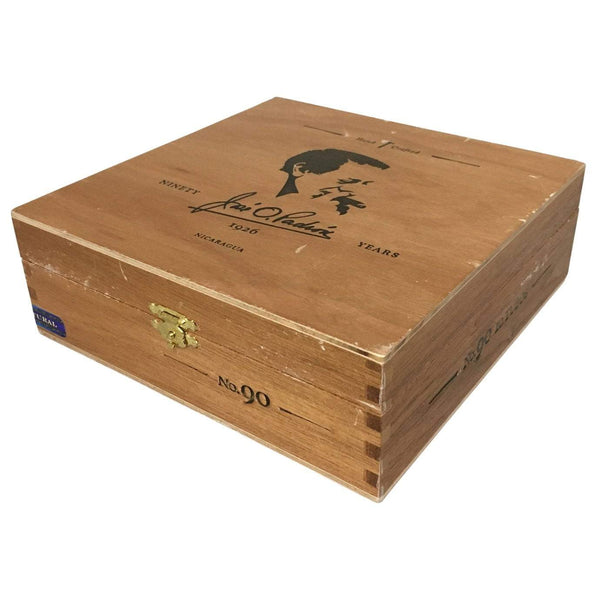 Load image into Gallery viewer, Padron Special Release No 90 Natural Tubos Box Closed