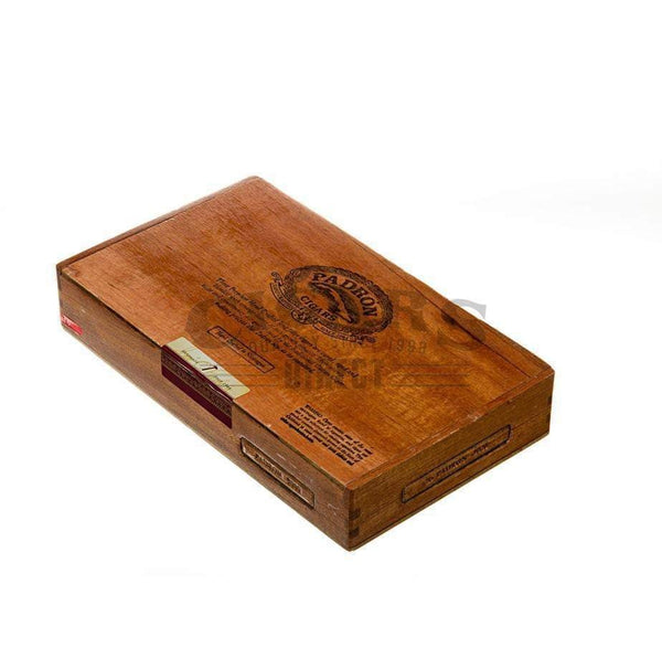 Load image into Gallery viewer, Padron Thousand Series 3000 Maduro Box Closed