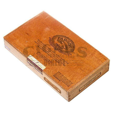 Padron Thousand Series 3000 Natural Box Closed