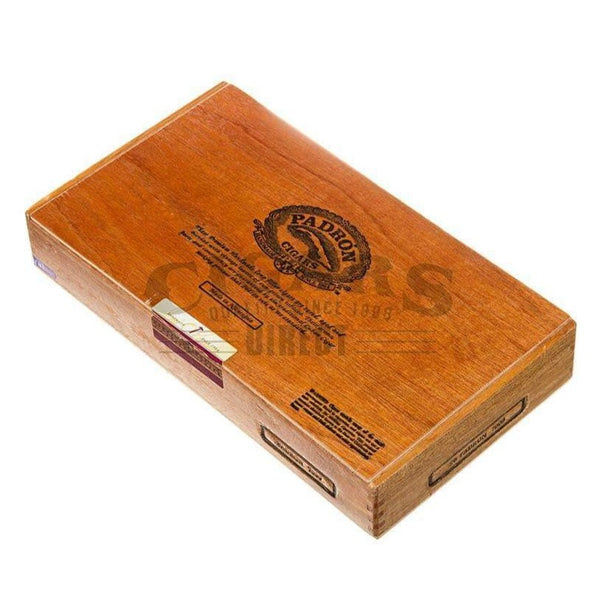 Load image into Gallery viewer, Padron Thousand Series 7000 Natural Box Closed