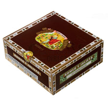 Load image into Gallery viewer, Romeo Y Julieta Reserve Churchill Box Closed