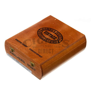 Romeo Y Julieta Vintage No.4 Box Closed
