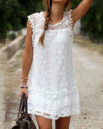 White and Black Lace Details Round Neck Sleeveless Dresses