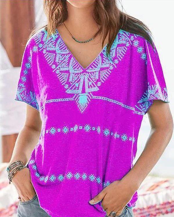 Printed Short Sleeved Casual V Neck T-Shirt Top