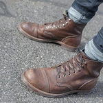 Men Vintage British Style Lace-up Leather Boots
