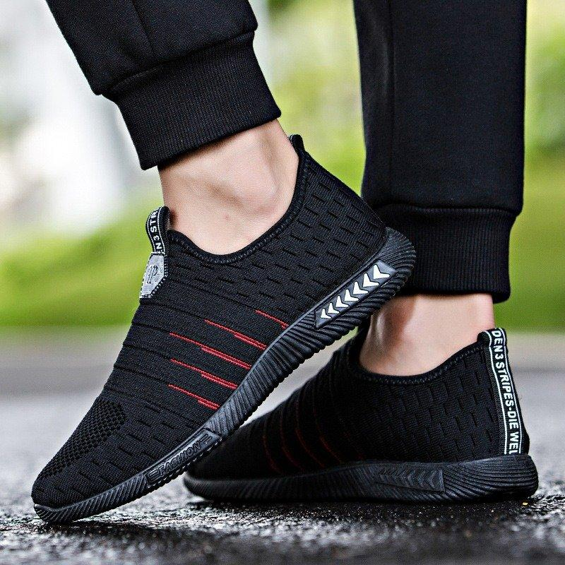 Men Breathable Knitted Fabric Elastic Slip On Soft Sport Casual Sneakers