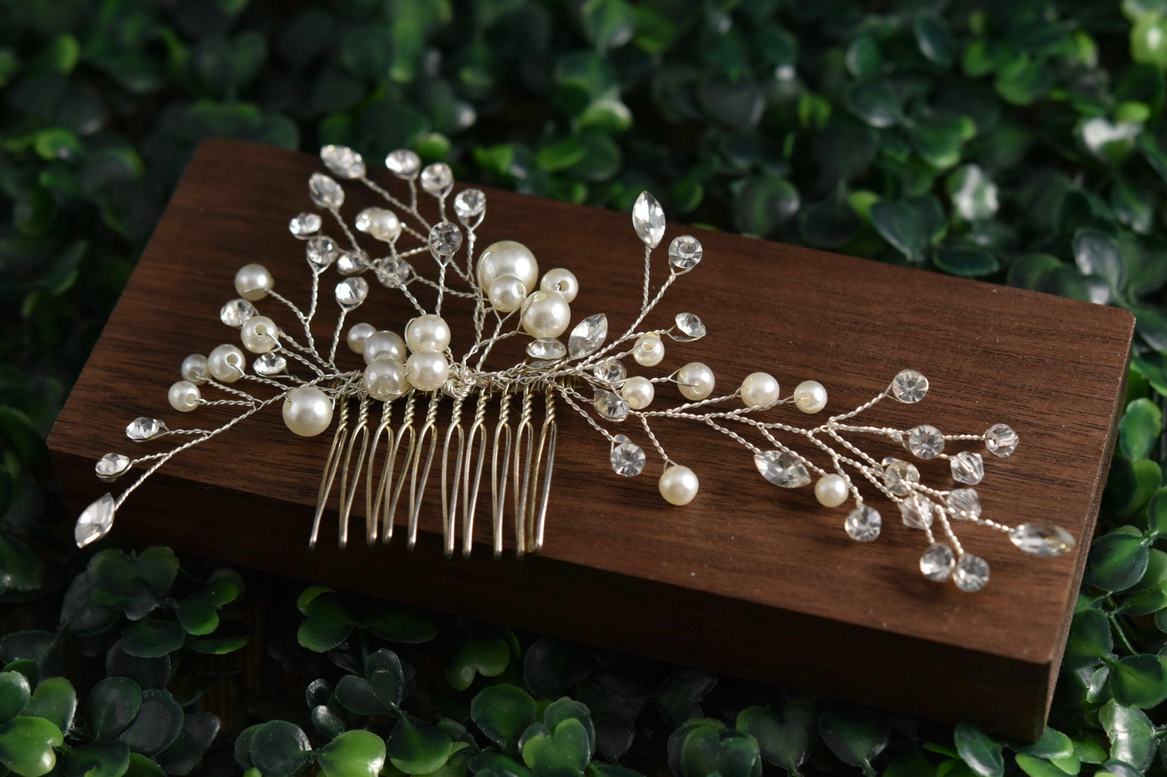 Pearl and Rhinestone haircomb