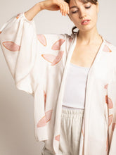 Load image into Gallery viewer, Petal Print Kimono