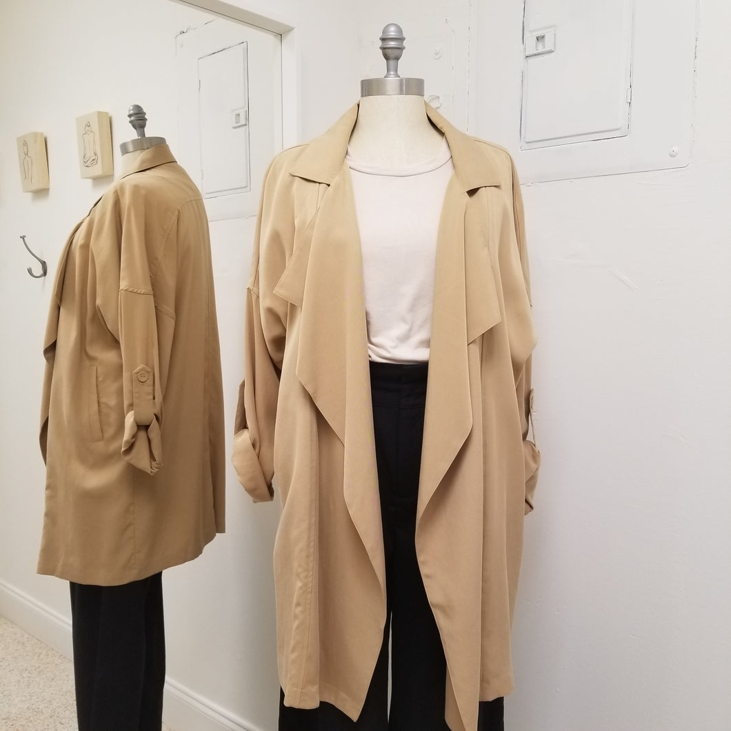 Meadow- Tencel Trench Coat in Taupe