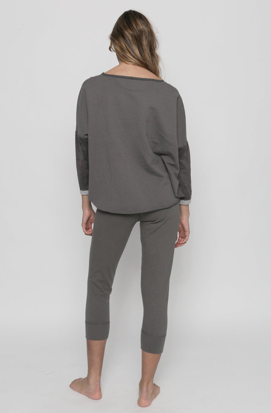 Patch Yoga Pullover - Ash