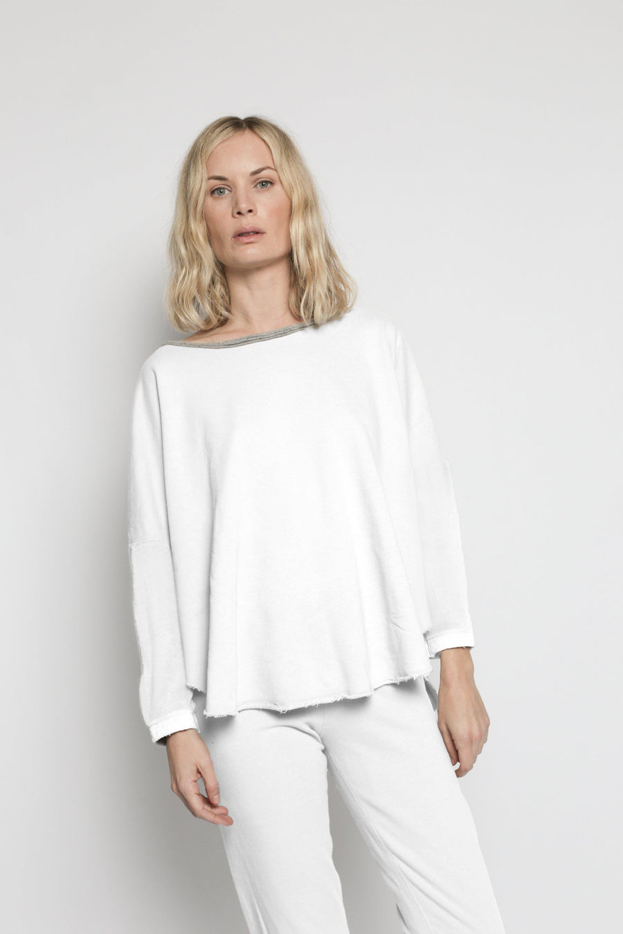 Patch Yoga Pullover - White