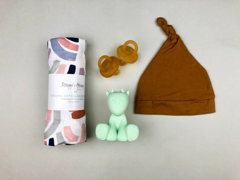 Rainbow with soother | Baby gift set
