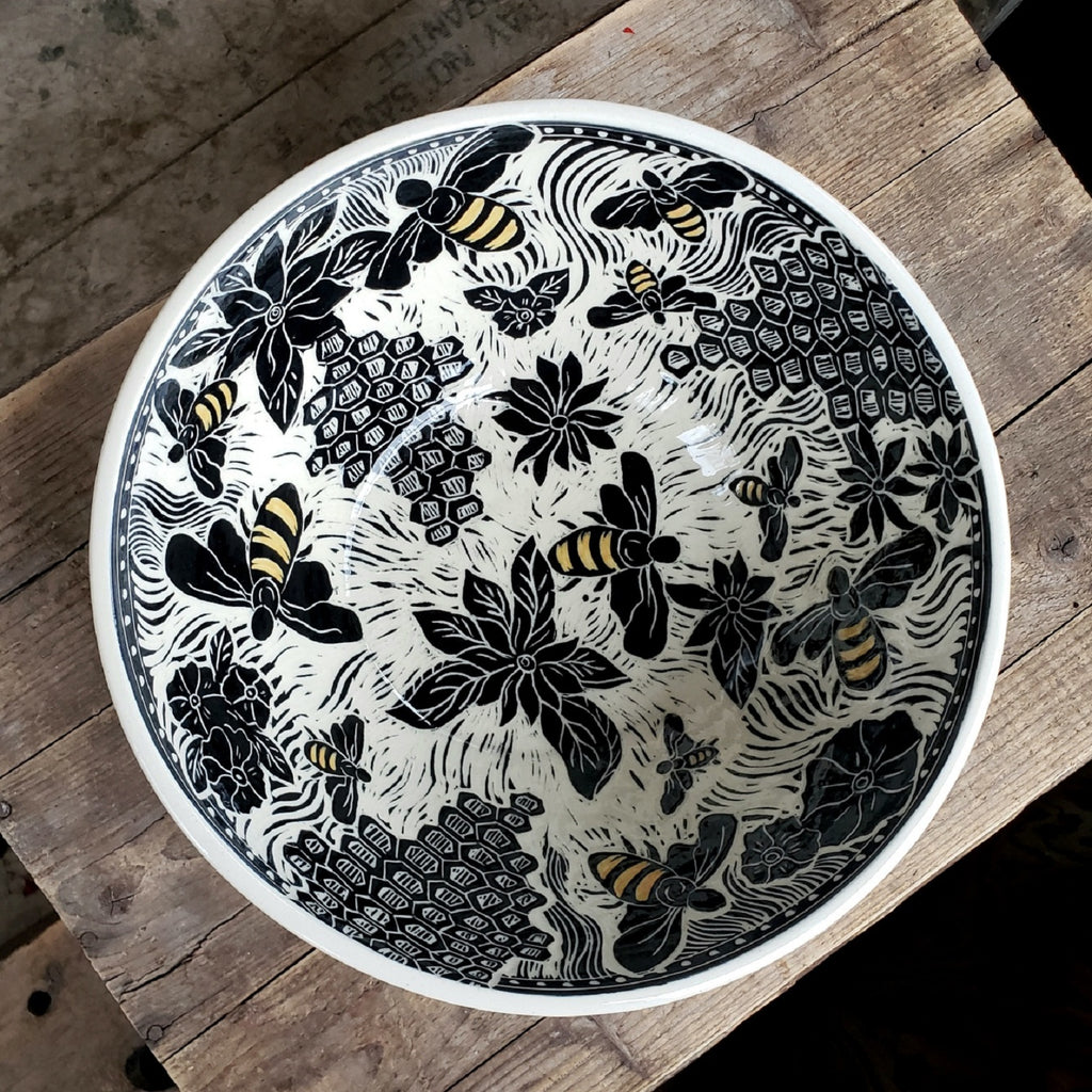 XL Serving Bowl - Bee Design / White