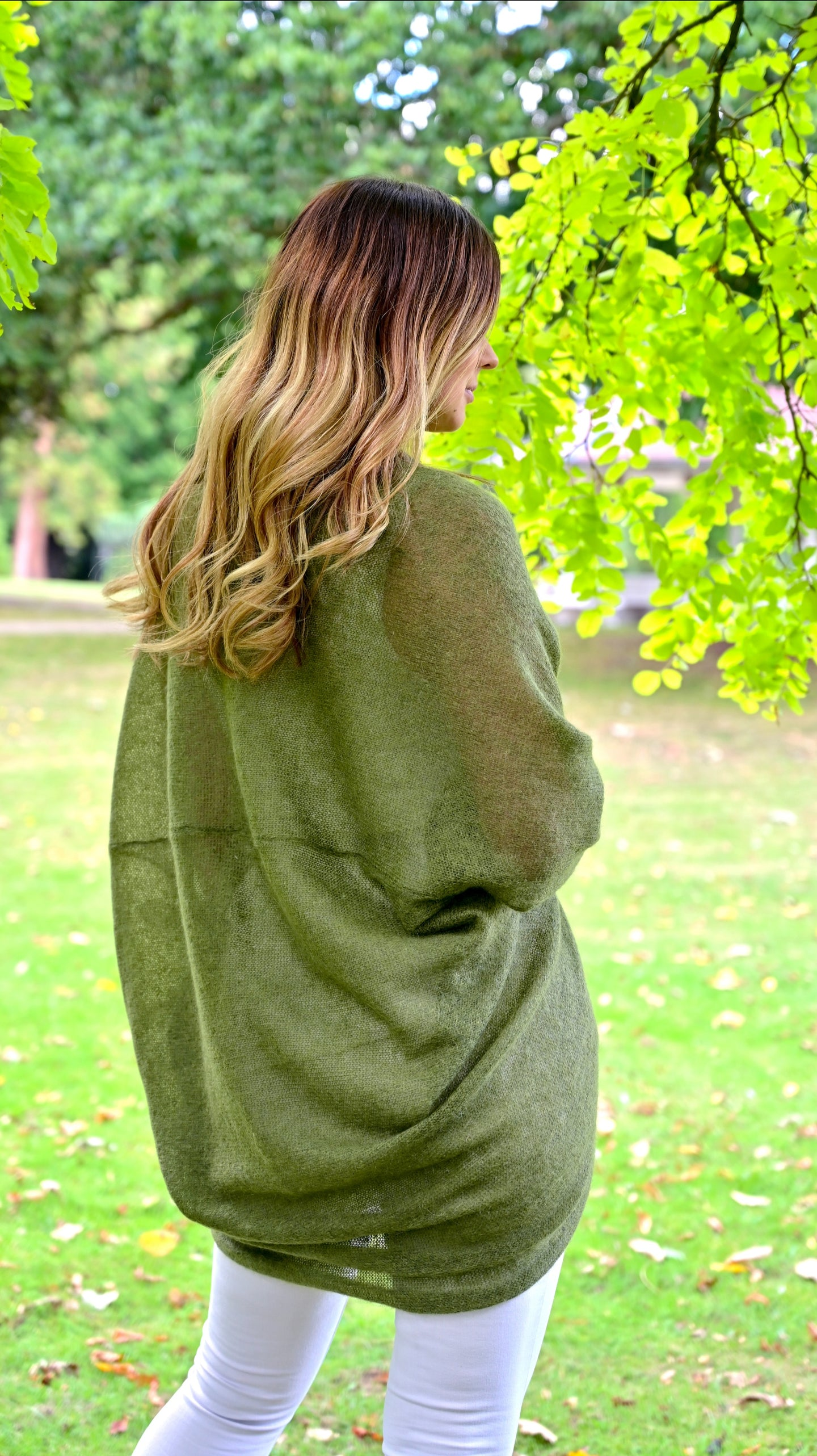 LL Cardigan | Versatile | Lightweight | in moss green