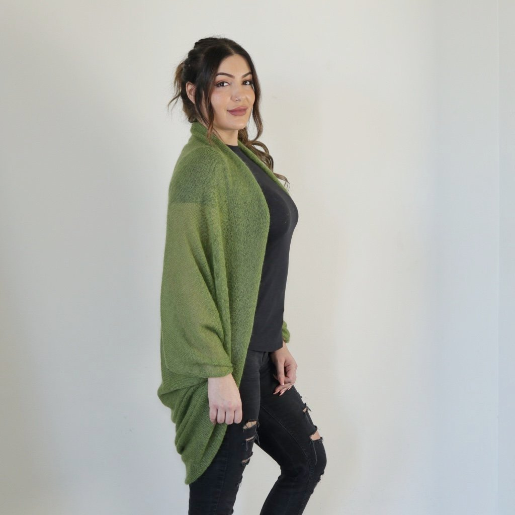 LL Cardigan | Versatile | Lightweight | in Olive green