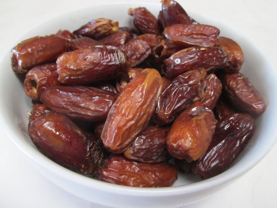 Dried California Pitted Dates, 15 lbs / case