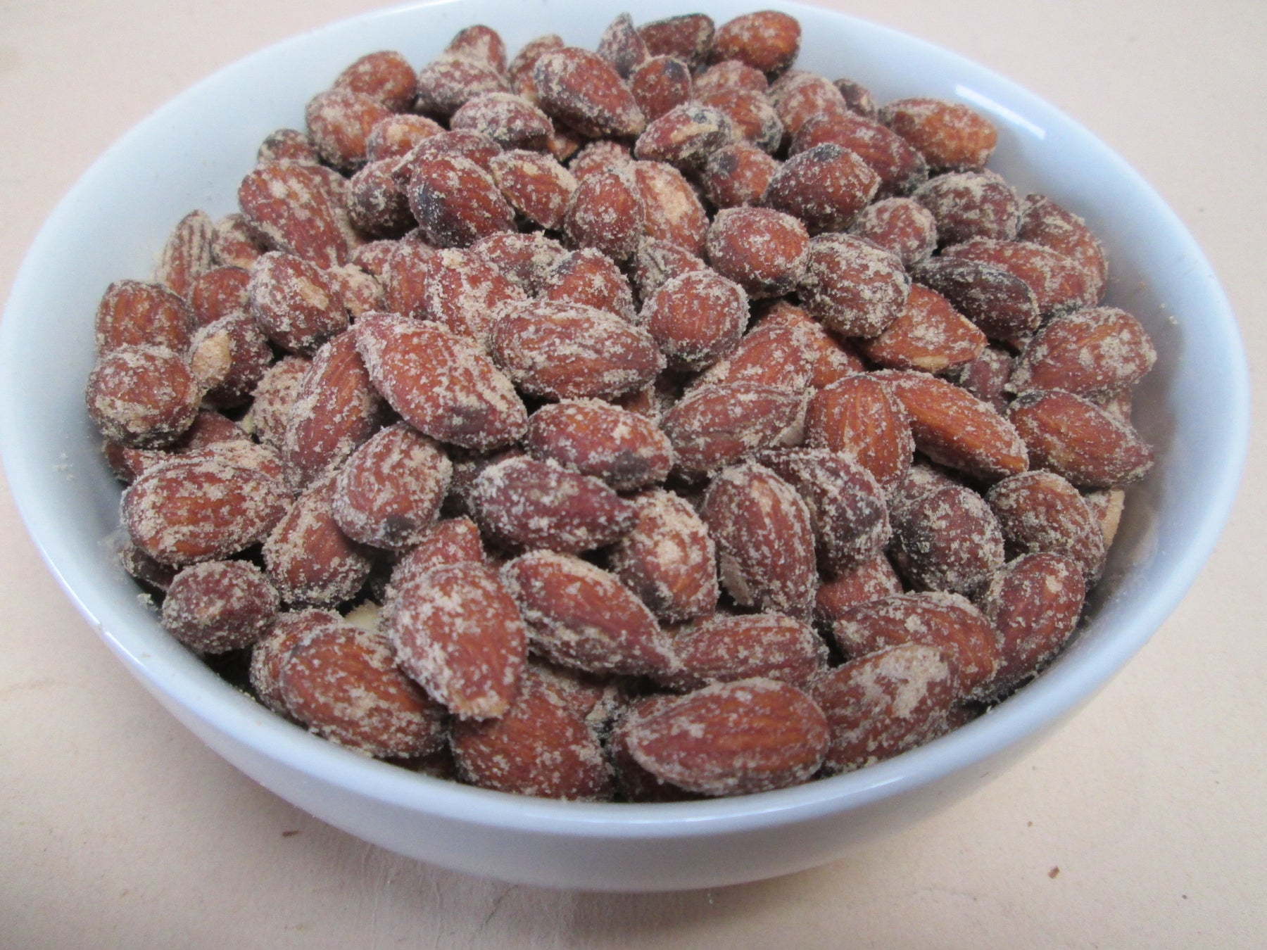 Smoked & Roasted Almonds, 25 lbs / case