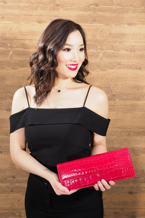 Alligator Clutch with Chain