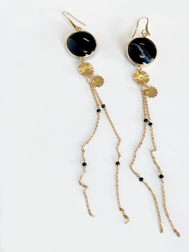Attire Agate Shoulder Skim Earrings | Gold
