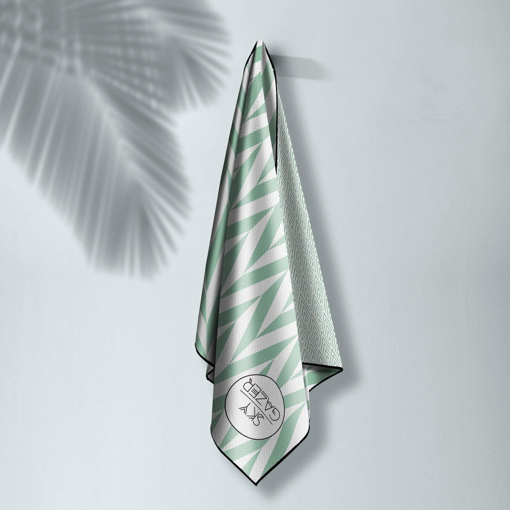 Sand Resistant, odourless, ultra-absorbent and quick dry, luxury beach towels.