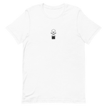 Load image into Gallery viewer, Cierra ojo T-Shirt by Cristina Vives