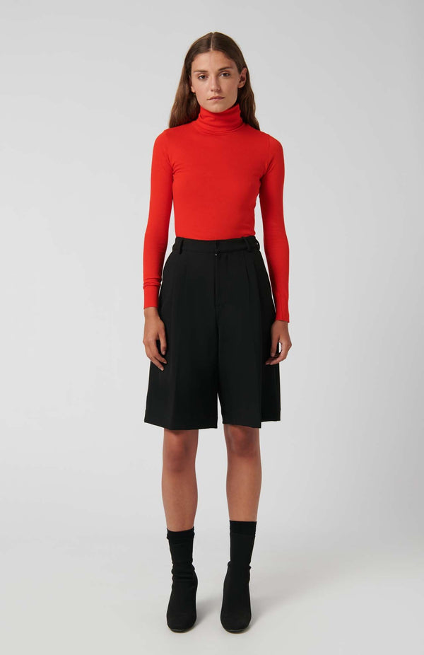 Loreak Under cotton roll neck T - Shirt in red.