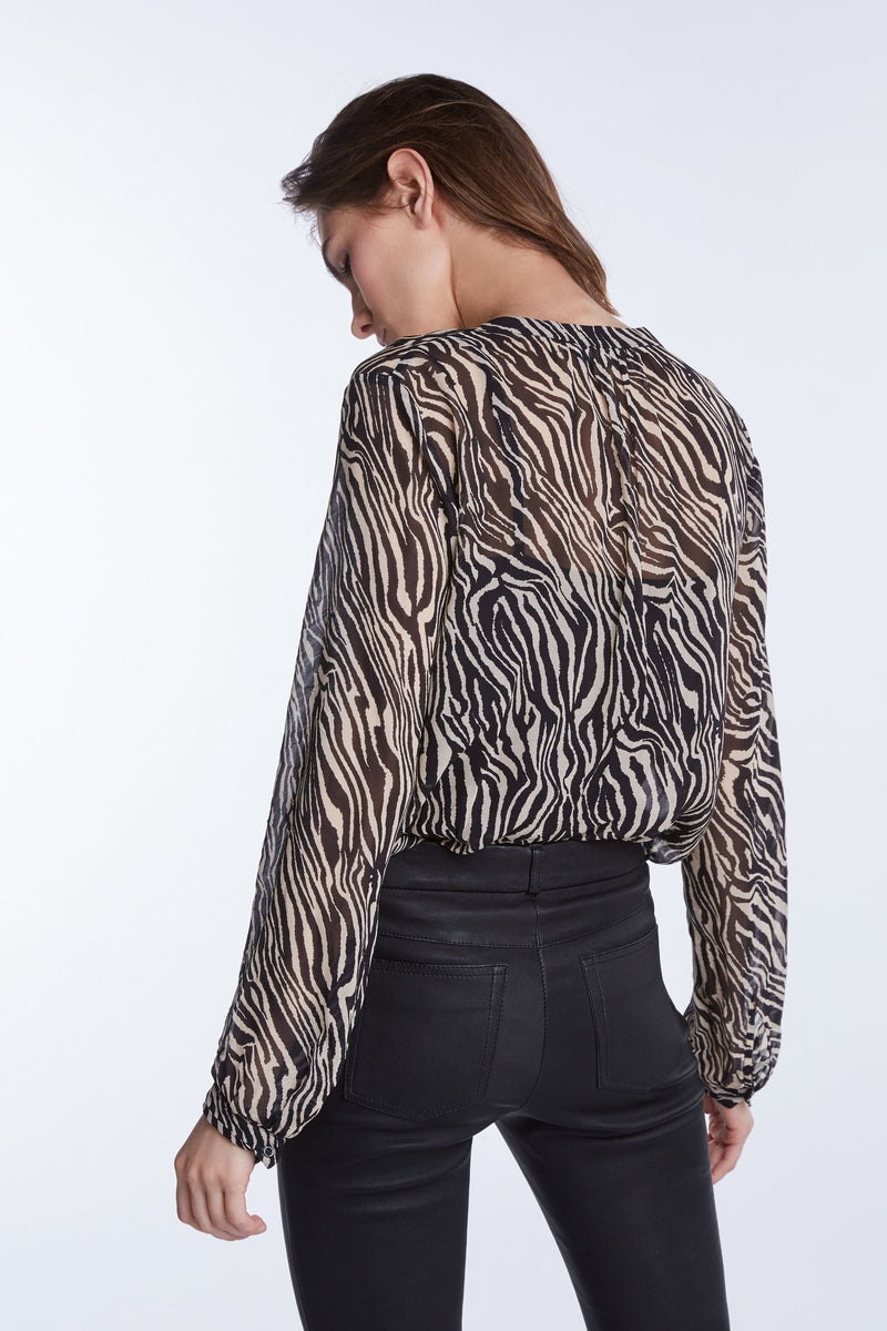Set zebra print long sleeved sheer blouse top