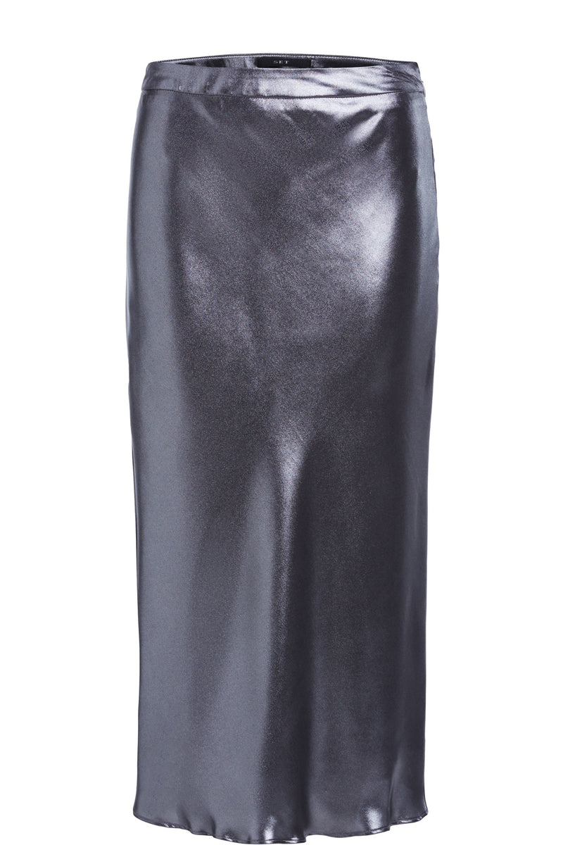 Set metallic silver straight cut skirt which falls below the knee